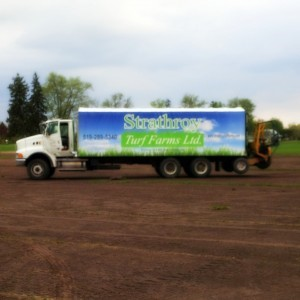 strathroy turf farms delivery truck, sod farm, sod farm ontario